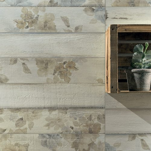 Rivestimenti-interni_Ceramica-Fioranese_Painted_Wood-Floral-White1